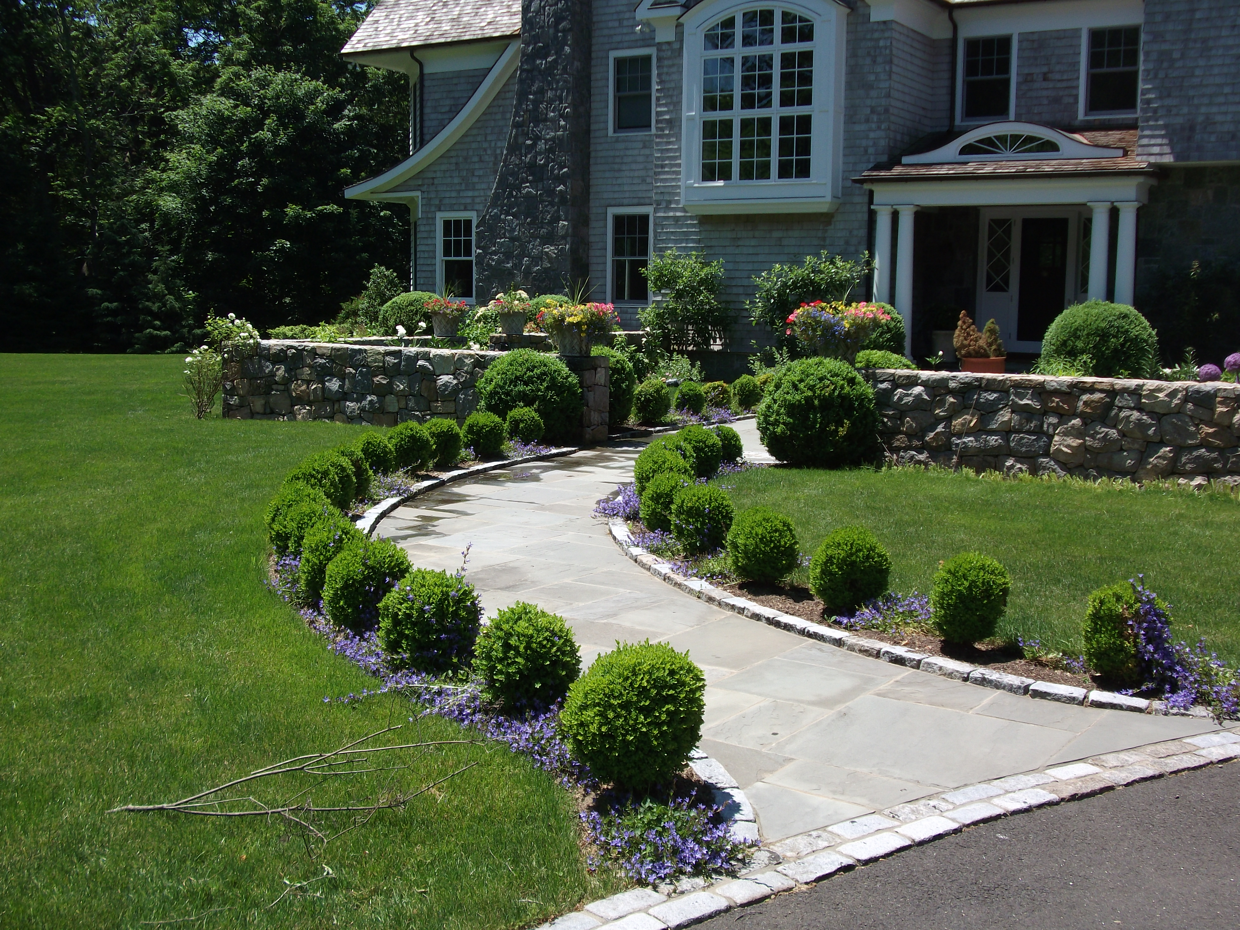 Small Flower Bed Ideas Boxwood Walkway Michael Sinisi Amp Son